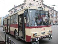 Плату за проїзд у чернівецьких тролейбусах поки не підніматимуть