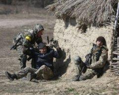 На Донбасі поранили 11 українських військових