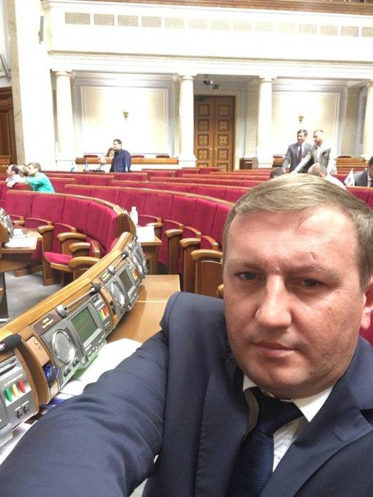 Рибак - чи не єдиний депутат, який працює у п'ятницю