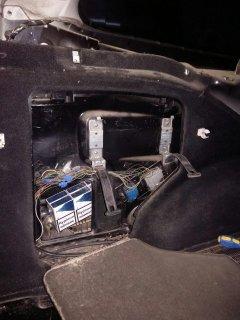У громадянина Румунії вилучено легковий автомобіль через приховані в ньому від митного контролю цигарки