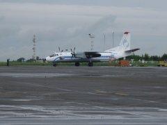 Злітну смугу чернівецького аеропорту відремонтують до кінця листопада
