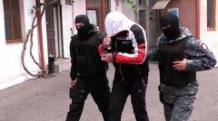 Поліцейські Буковини впіймали розбійників, котрі катували жінку