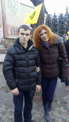 «Майдан переламав усю країну» – волонтерка із Чернівців, яка лікує бійців на Донбасі
