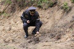 У Сторожинецькому районі місцеві жителі знайшли людські рештки