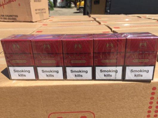 На Буковині СБУ затримала контрафактні цигарки на шістсот тисяч гривень (фото)