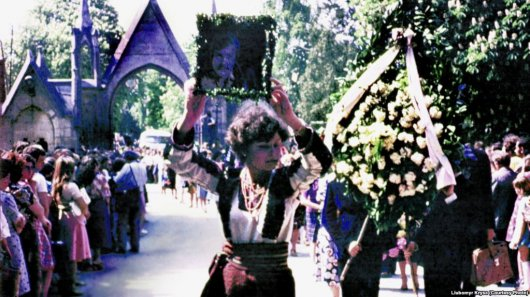 Похорон Івасюка перетворився на непокору тисяч людей комуністичній владі