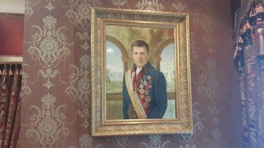 Маєток родини Ківалова, вартістю в півтора мільйона доларів, журналісти шокували всіх українців