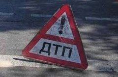 Аварія в Чернівцях. Потерпілого госпіталізовано.
