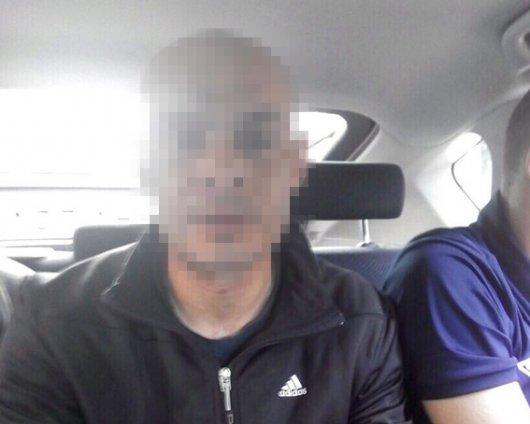 Буковинські поліцейські затримали грабіжника (ФОТО)