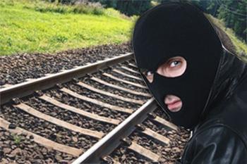 На Буковині засудили 9 крадіїв залізничної колії