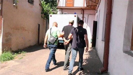 Поліція розкрила вбивство чоловіка на Сокирянщині