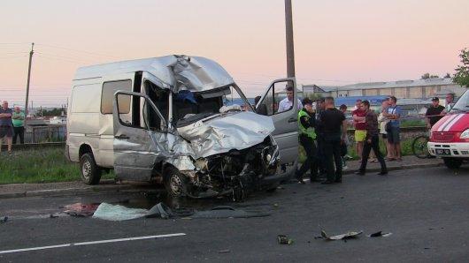 Чернівчанин загинув в результаті зіткнення автівки з рейсовим автобусом