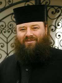 Патріарх Кирил проти єпископа Жара