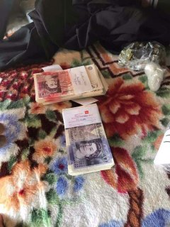 8 тисяч фунтів стерлінгів вилучили митники у громадянина Румунії