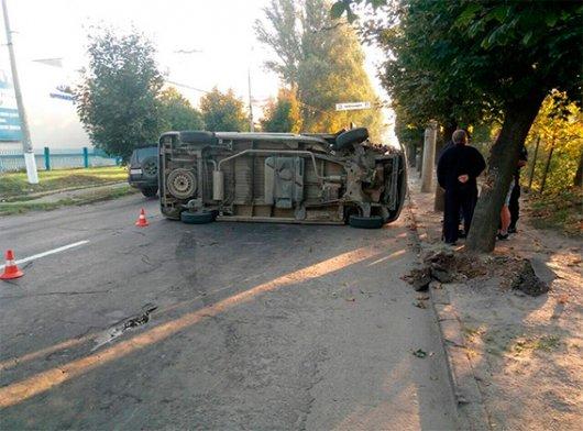 Упродовж вихідних на Буковині в ДТП травмовано четверо осіб. Є жертви