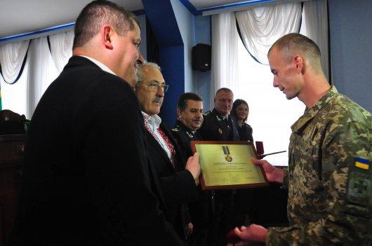 Буковинські прикордонники отримали державні нагороди