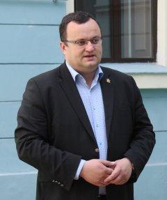 Олексій Каспрук скликає позачергову сесію для обрання секретаря міської ради