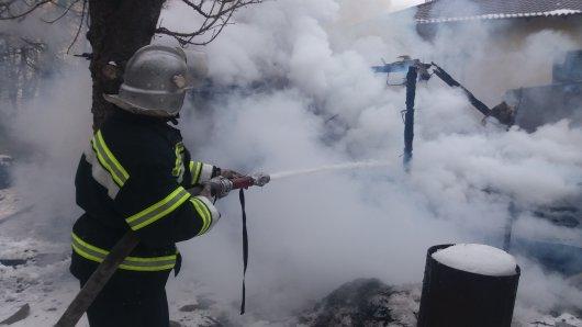 Чернівецька область: рятувальники ліквідували 8 пожеж, на одній із них виявлено тіло людини