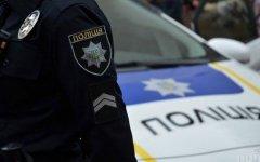 За напад на поліцейських у Чернівцях дебоширам загрожує два роки позбавлення волі