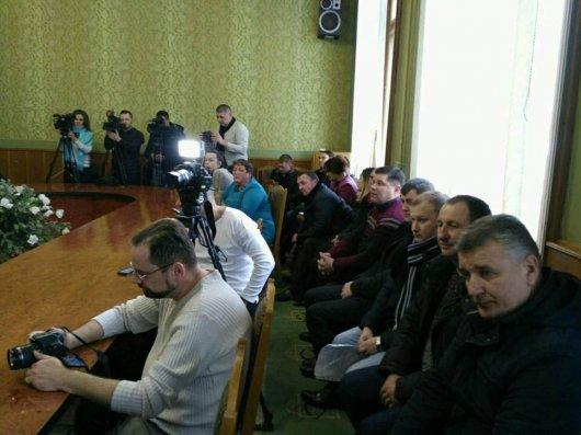У Сокирянському районі не стихають пристрасті довкола об'єднання населених пунктів у ОТГ