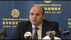 Голова Чернівецької облради Іван Мунтян, який каже, що не має влади, має дуже високі зарплати і премії